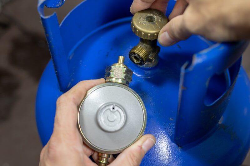 Estufas de gas producen más contaminación en el interior que en el exterior