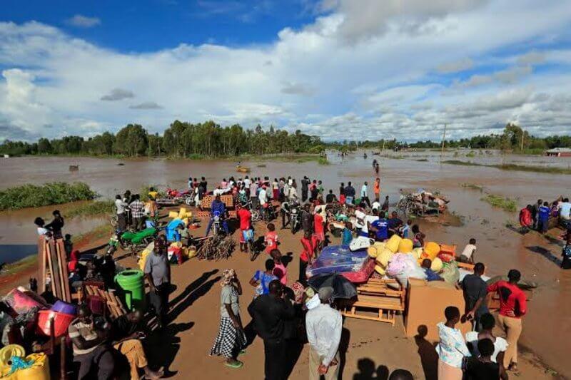 Miles de desplazados en Kenia por inundaciones