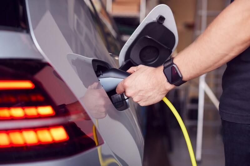Plan MOVES ofrece impulsar la compra de vehículos eléctricos