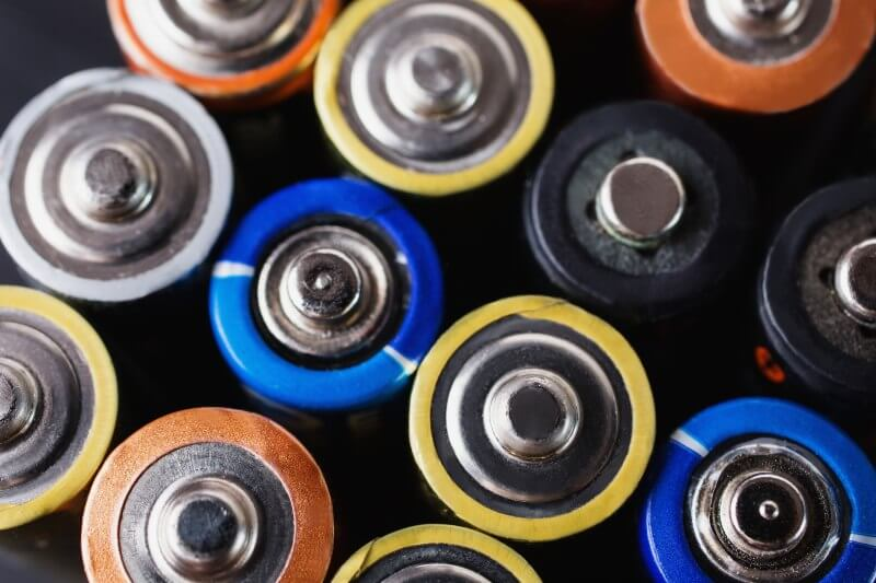 En australia quieren utilizar baterias de litio recicladas como fertilizante