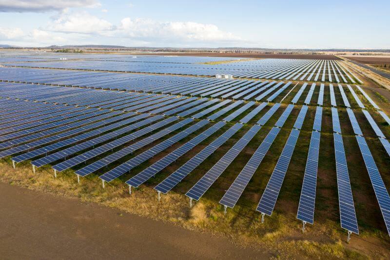 Reino Unido construirá su granja solar más grande