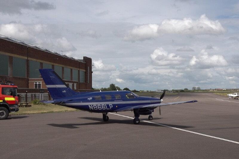 avión eléctrico vuela sobre inglaterra