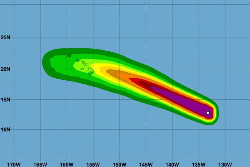 Douglas se convierte en el primer huracán de la temporada