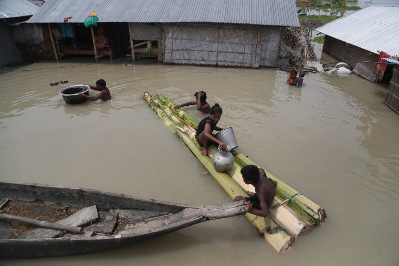 Inundaciones en Bangladesh afectan a un millón