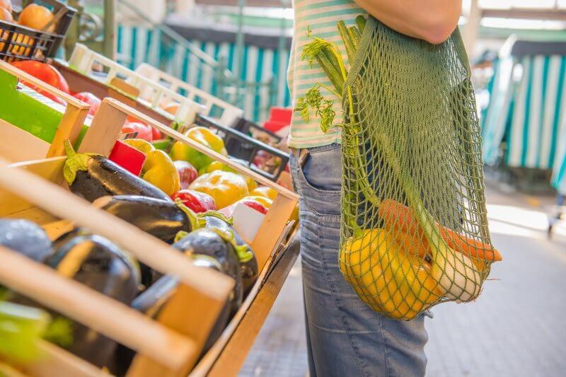 Chile pone en vigencia la ley de prohibición de bolsas plásticas