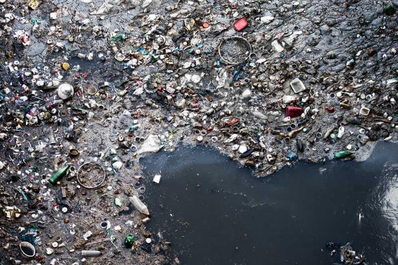 Cómo detener la ola creciente de contaminación plástica en el mundo