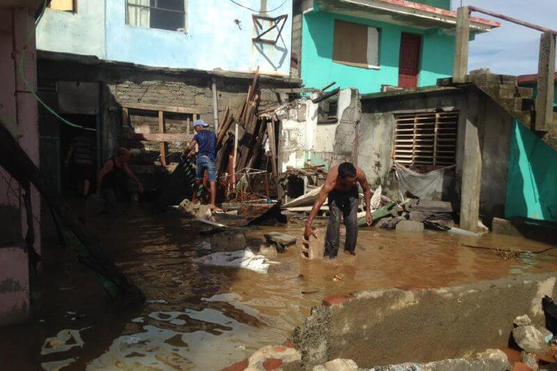Viviendas afectadas tras el paso del huracán Isaías en Cuba