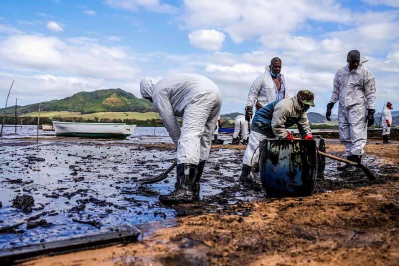 Derrame combustible en la isla Mauricio