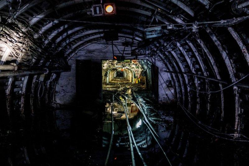 Polonia está en camino a cerrar compañías mineras