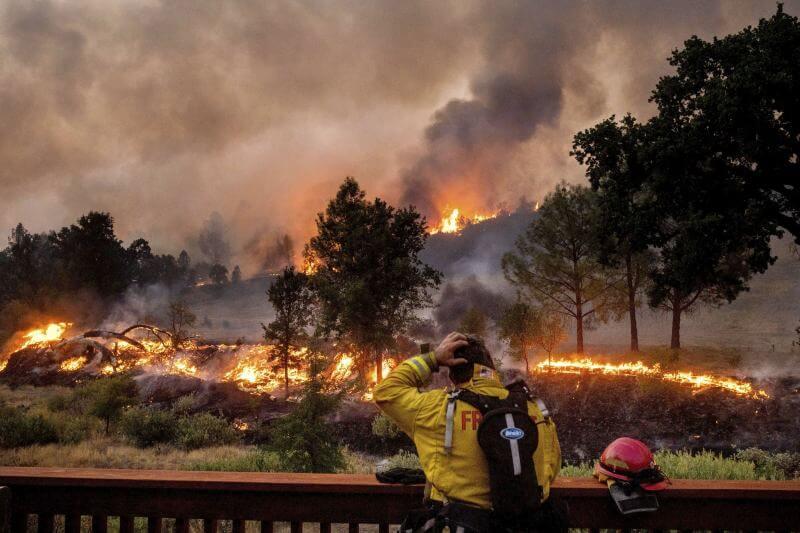 California enfrenta su peor año de incendios forestales