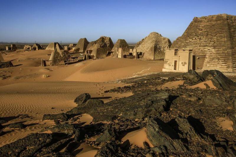 Piramides de Sudán en riesgo por inundaciones