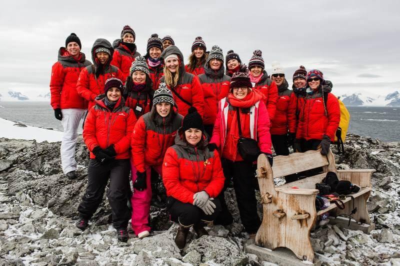 Mujeres científicas piden la protección de la Península Antártica