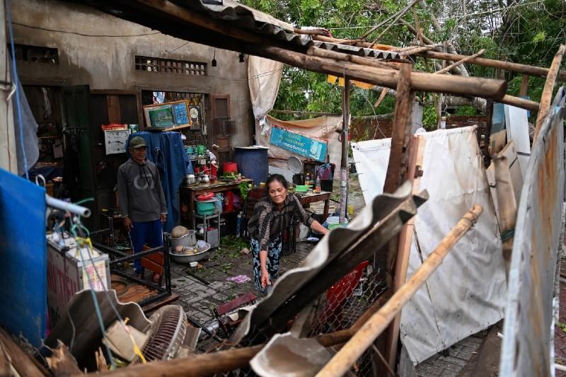 Tifón Molave impacta millones en Vietnam