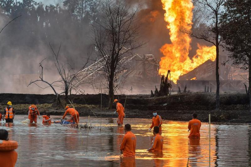 Incendio de gas en la India sigue activo después de más de 150 días