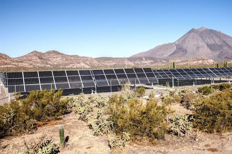 México anuncia asociación para impulsar la energía renovable