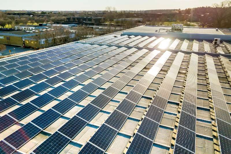 Inversores globales invierten en energía renovable