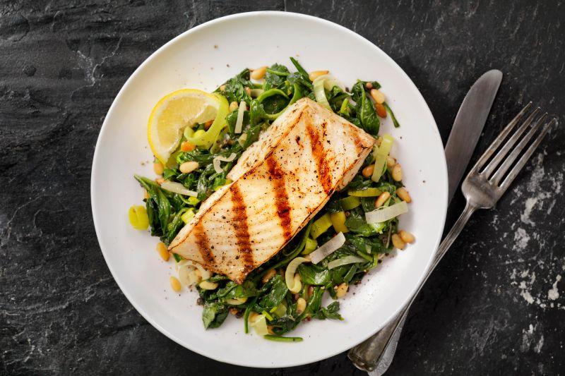 Empresas empiezan a comercializar carne de pescado de laboratorio