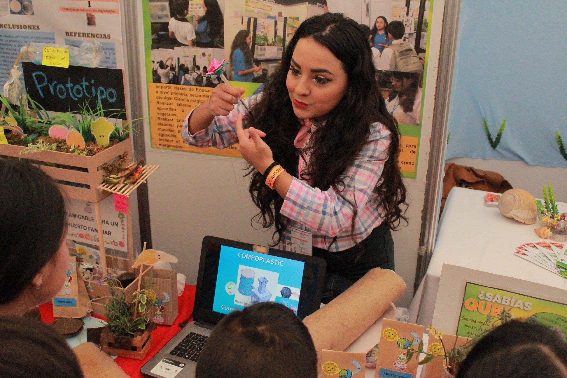 Educación ambiental con Ciencia Mágica - Foto por Alondra Faustro