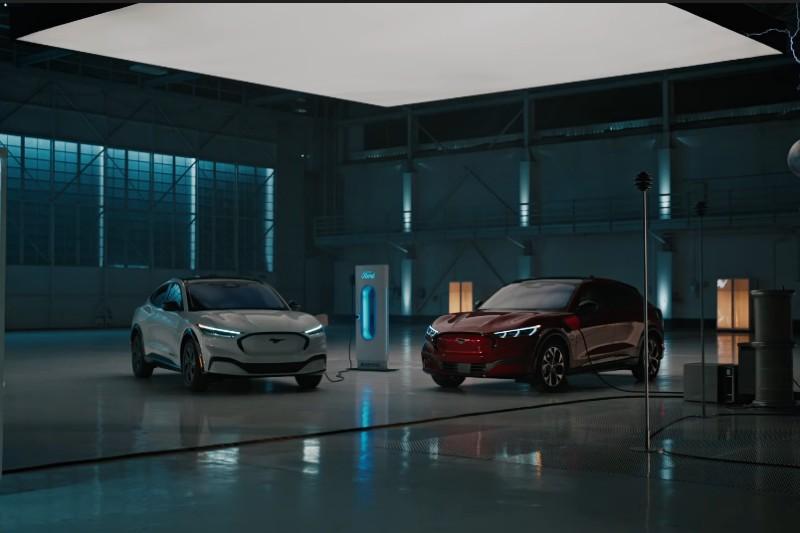 Ford quiere vender solo vehículos eléctricos para 2030
