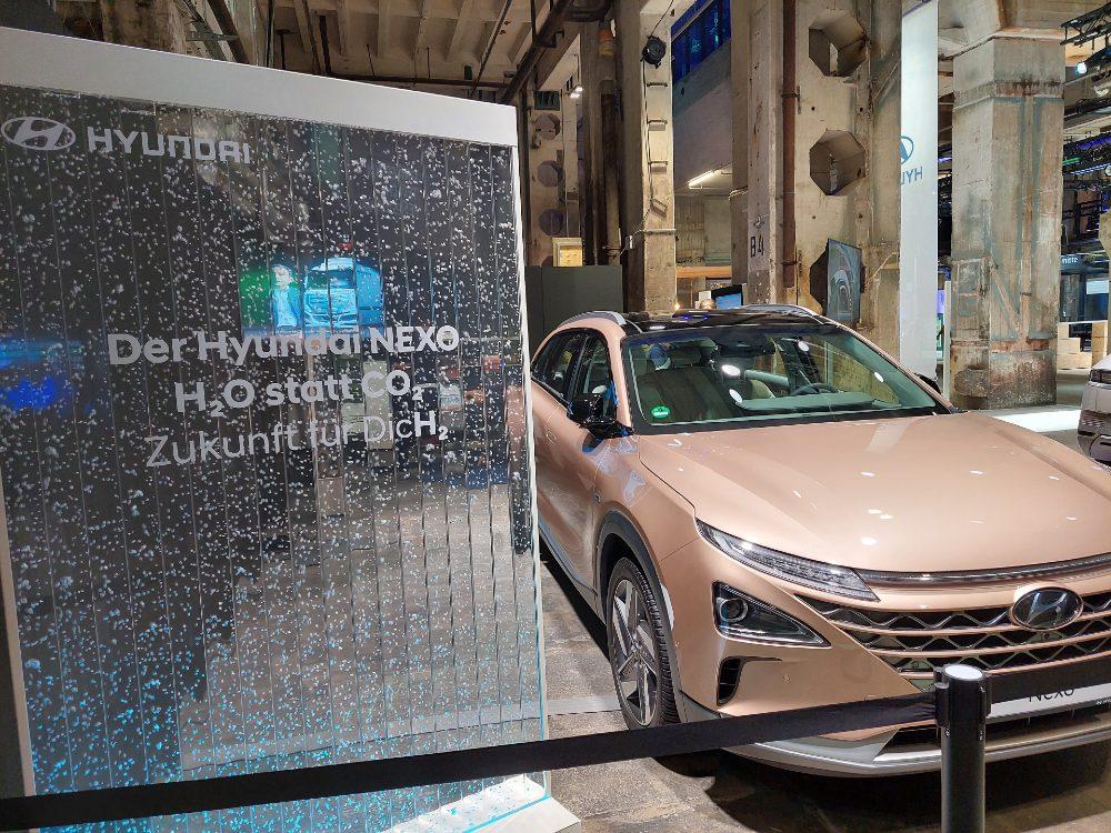 Modelo NEXO de Hyundai con motor de combustible de hidrógeno.