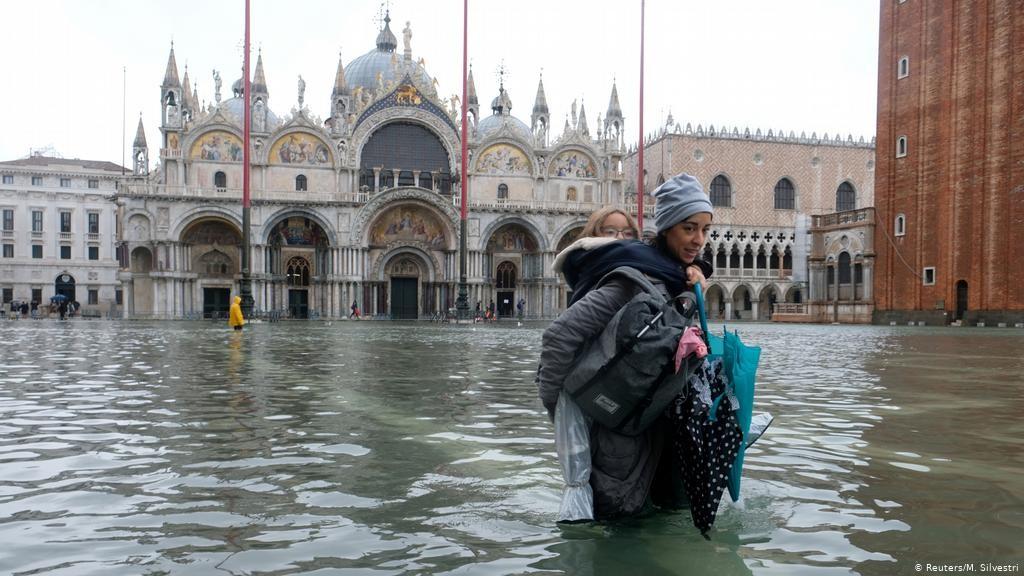 Inundaciones cada vez más frecuentes en Venecia - Foto por M. Silvestri/Reuters