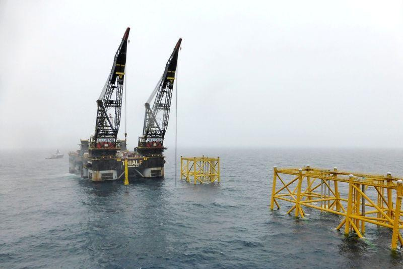 Activistas luchan por detener extracción de petróleo en el Ártico
