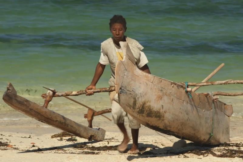 Comunidad costera en Madagascar depende del mar para sobrevivir