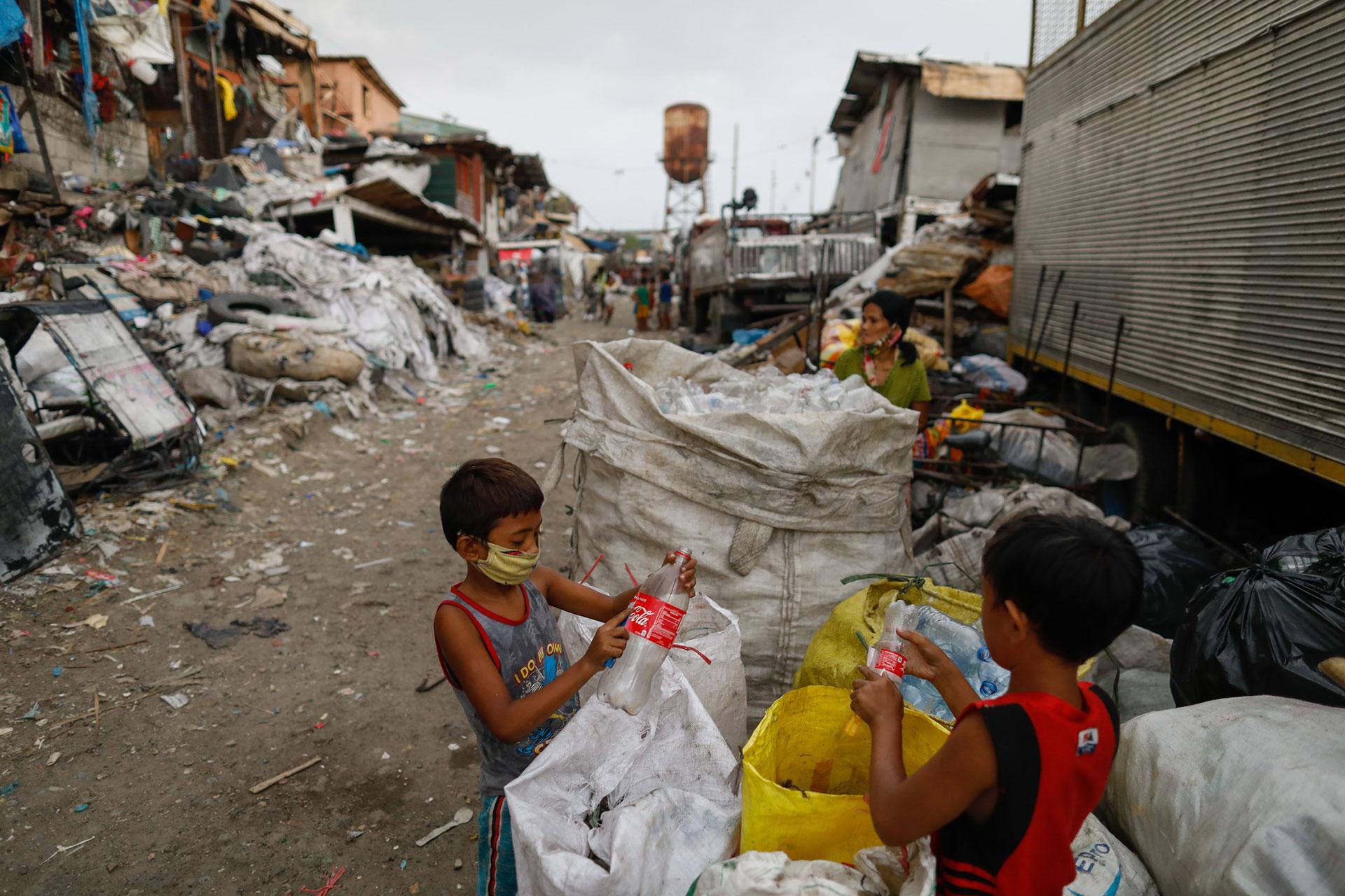 Contaminación plástica afecta a las zonas más vulnerables - Foto por Eloisa Lopez/Reuters