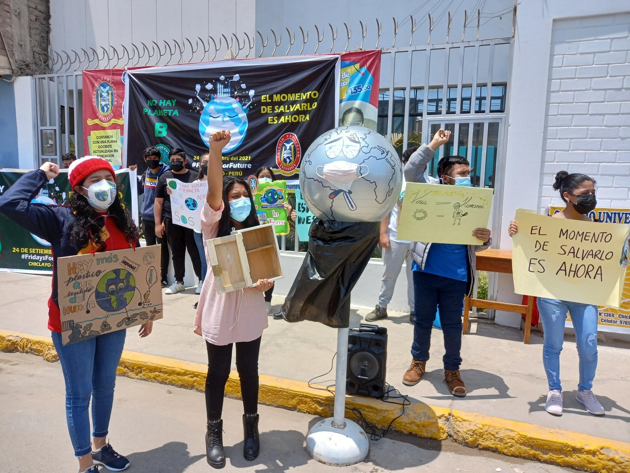 Huelga climática en Perú - Foto edisonral/Twitter
